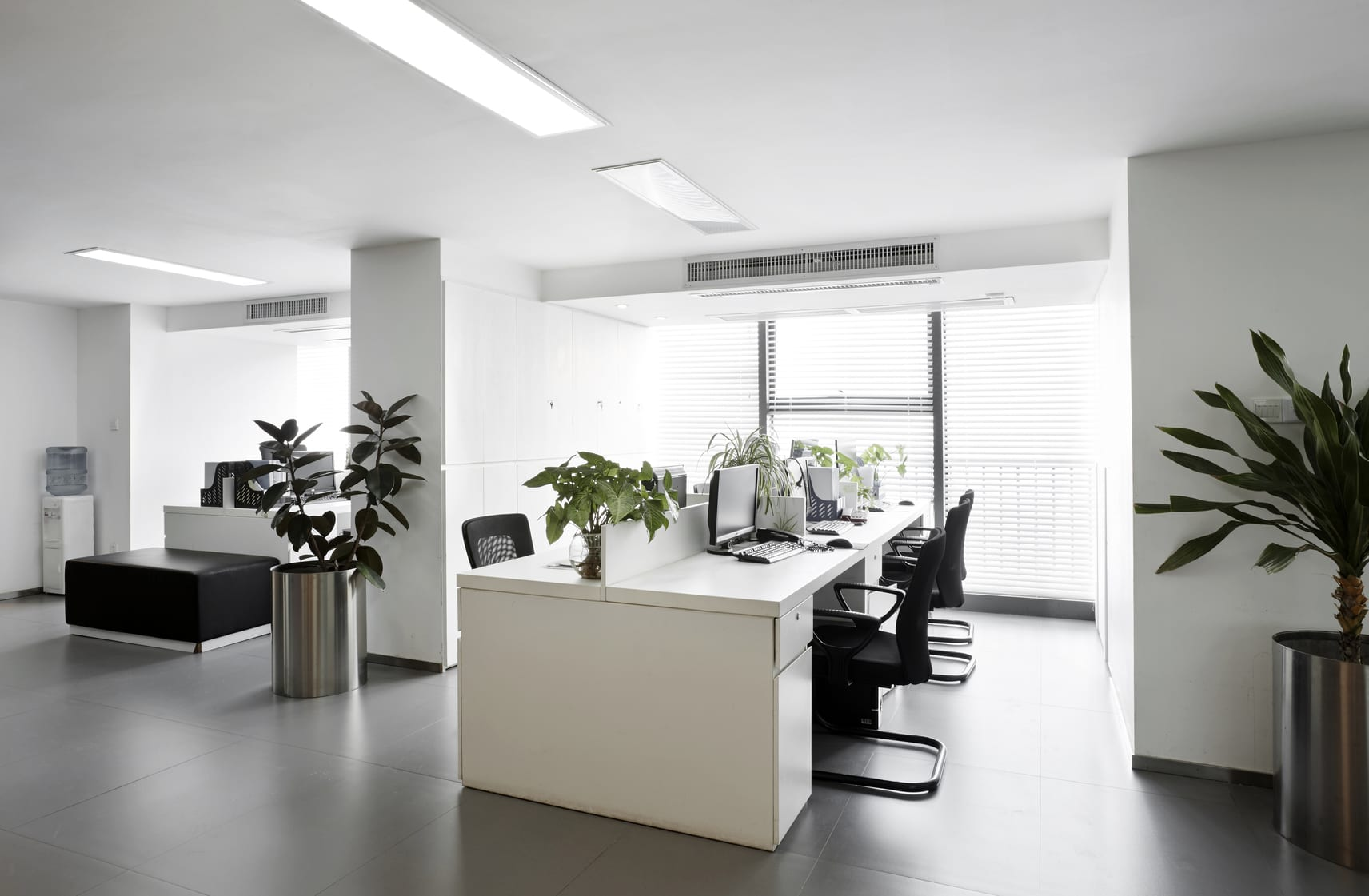 Should You Buy or Lease Your Small Business Office Space?